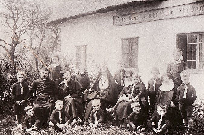 A group picture outside The Convent